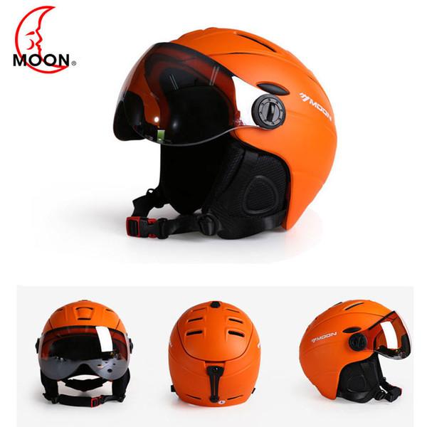 MOON Ski Helmet Ultralight Integrally-molded High Quality Professional Snowboard Skateboard Helmet Men Women Multi Colors