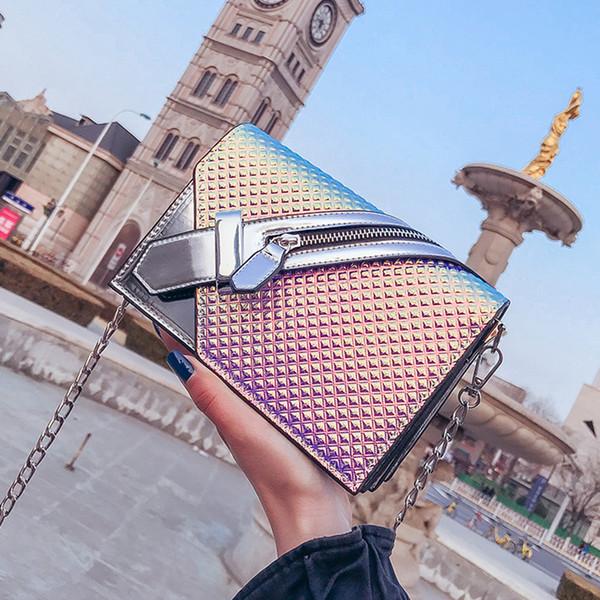 2018 Marka Moda Messenger Çanta Kadın Zincirleri Lazer Çanta Bayanlar Lüks Omuz Çantası Kadın Tasarımcı Crossbody Bolsa Feminina