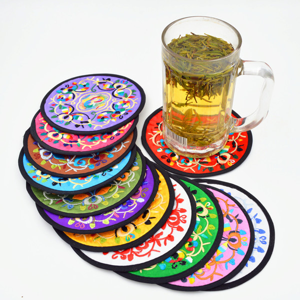 Chinese Embroidered Round Christmas Coasters Party Favors Table Mat Vintage Satin Fabric Fashion Tea Coffee Coaster Set 10set/lot