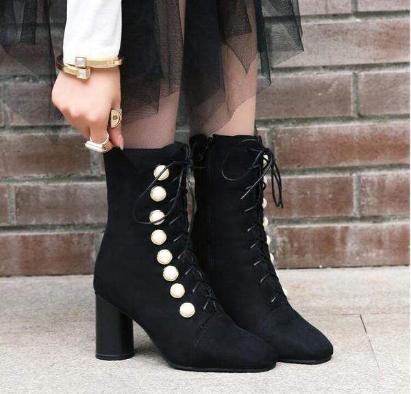 Großhandel 2018 Frauen Stiefel Western Style Karree Platz High Heels Stiefeletten Warm Pelz Elegante Schwarze Damen Stiefel Größe 34 42 Von