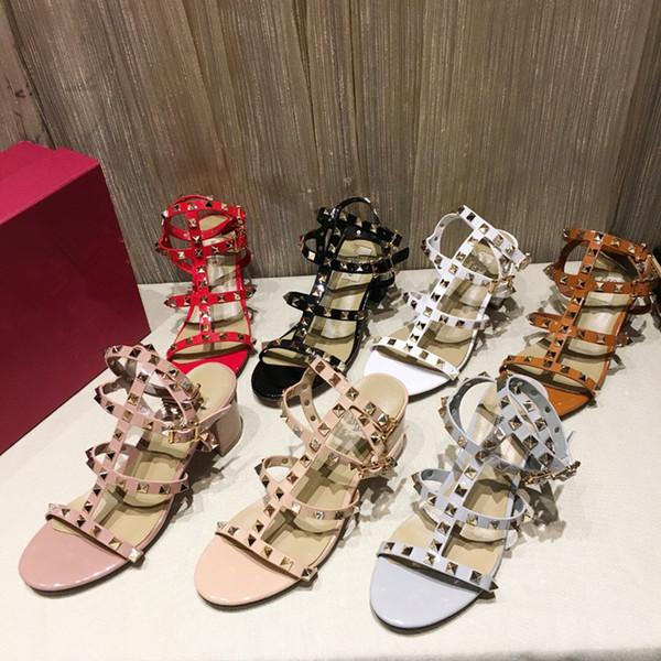 Diseño 2018 Mujeres de cuero Stud Sandalias Slingback bombas para mujer Sexy tacones altos 6.5 cm remaches de moda zapatos 7 colores