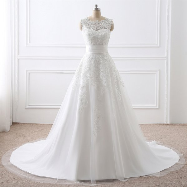 2018 the new design New Arrival A-Line Sleeveless Tulle Lace O-neck Appliques short and long tail Wedding Dress 2641109
