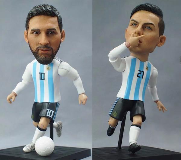 Nuevo Soccerxstar 12cm / 5 pulgadas Jugador de la estrella del fútbol nacional mundial Figura de acción Juguetes Muñecas de fútbol Messi Mbappe Coutinho Neymar