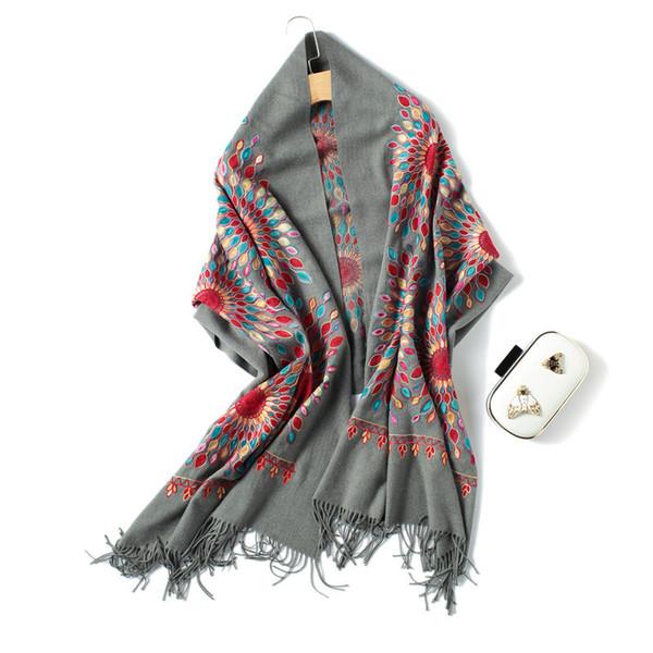 2018 mujeres de invierno bufanda de moda bufandas de cachemira suave para damas chales y abrigos bandana Borla Sol flor bordado