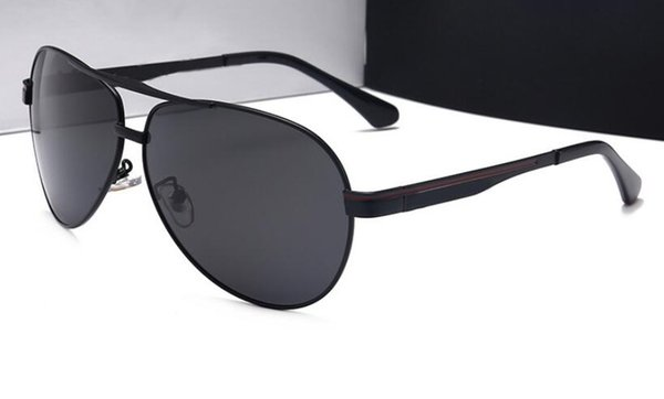 New sunglasses men's sunglasses metal frame frog mirror sunglasses fashion car brand glasses 737 wholesale and retail free shipping