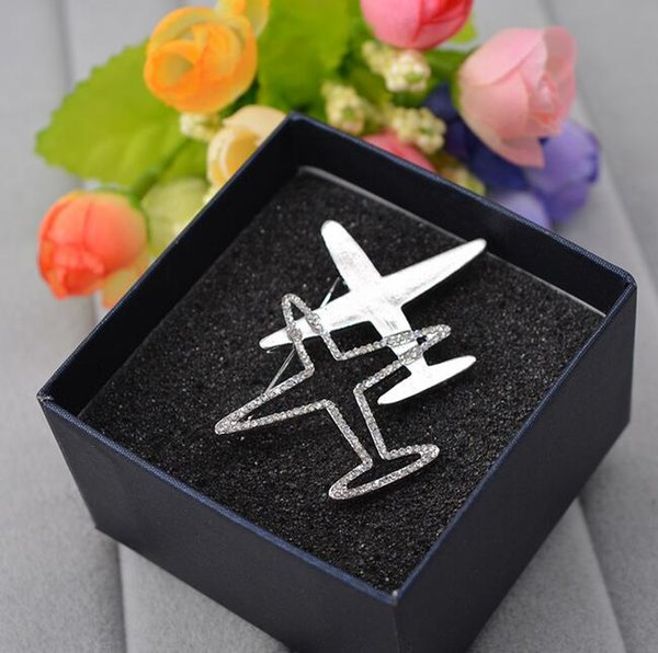 Retro Brand Letters Brooch Pins Clear Crystal Airplane Aircraft Corsage Brooches Women Men Suit Shirt Clothing Accessories Jewelry