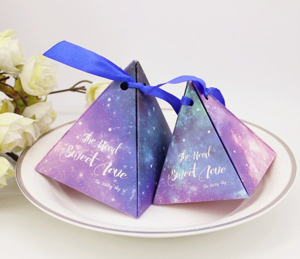 Pyramid Candy Box Starry Sky Design Gift Box with Ribbon Wedding Gifts for Guests Party Favours Supplies