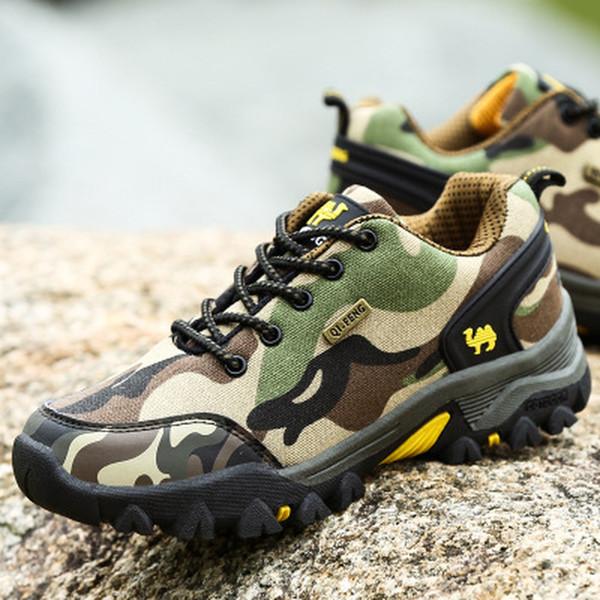 New Hiking Shoes Men Outdoor Trekking Sneakers Couples Autumn Winter Mountain Boots Men Women Camo Climbing Shoes