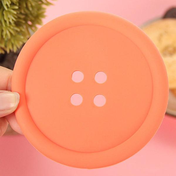 Bunte runde Taste geformte rutschfeste isolierte Silikon Cup Mats Untersetzer Halter Befestigungen Quilt Cover Sheet Button jc-199