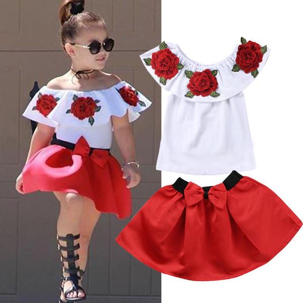 Çocuklar Yürüyor Kız Yaz Giyim Seti Fırfır Off-Omuz Gömlek Üst + Yay Etek Elbise Çiçek Baskı Bebek Giysileri kıyafet 2 ADET