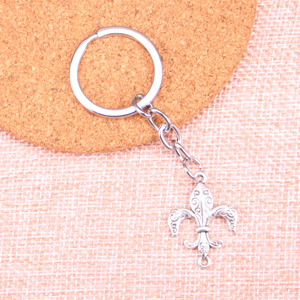 Fashion 28mm Key Ring Metal Key Chain Keychain Jewelry Antique Silver Plated fleur de lis connector 28*21mm Pendant