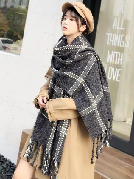 Scarf woman autumn winter Korea version joker English lattice students of Japanese girls knitted and thickened wool scarf