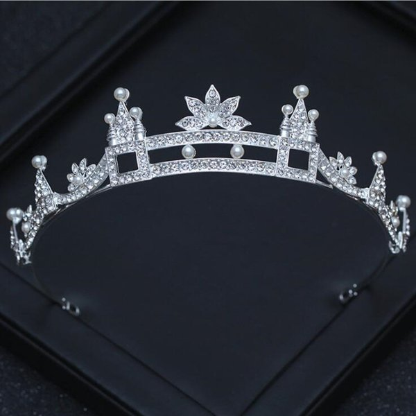 2018 Chic Castle Shape Pearls Crystal Tiaras For Women Jewelry Silver Color Pageant Wedding Crowns Headbands Hair Accessories