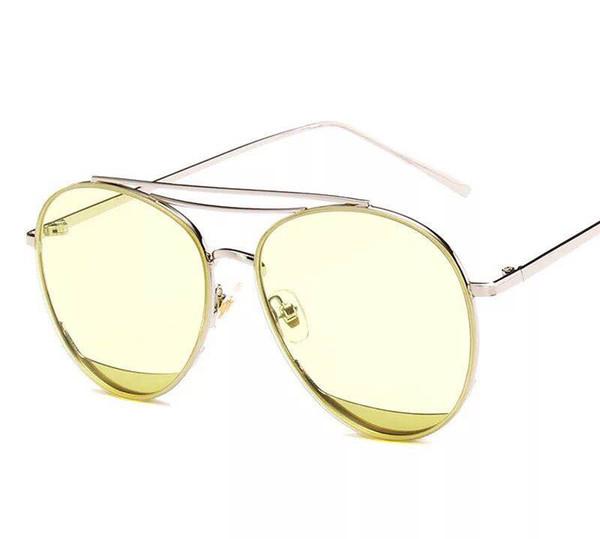 c25bf53523c12 2018 nouvelles lunettes de soleil de la mer bleue Li Xiaokai le même  paragraphe lunettes rouge