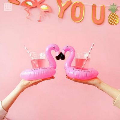 top popular Flamingo pool drink Holder cup Holders Inflatable drink holder Swim Water Toys Party Drink Float Storage Trays 2021