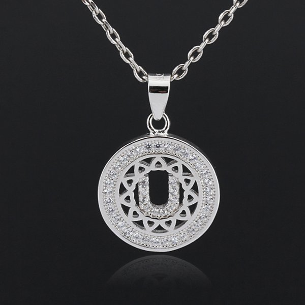 China Top Quality Sterling Silver Round Letter U Initial CZ Shinning Charm Pendant Necklace