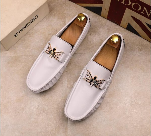 2018 New style Fashion Men's Casual Loafers Genuine Leather Slip-on Dress Shoes Handmade Smoking Slipper Men Flats Wedding Party Shoes J40