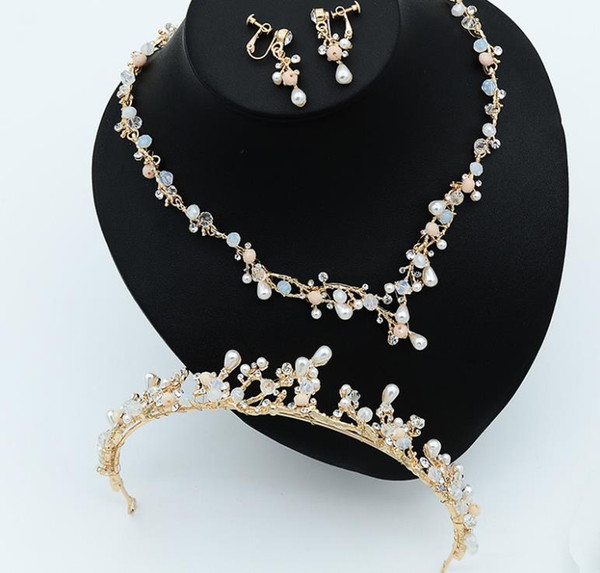 Bridal ornaments three sets of handmade crown Pearl Necklace Earrings New Gold drill headwear accessories