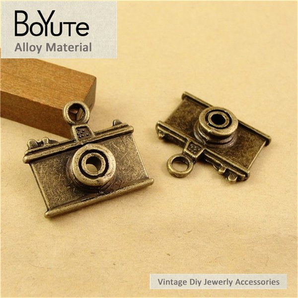 BoYuTe (40 Pieces/Lot) 21*23MM Antique Bronze Plated Zinc Alloy Camera Charms for Jewelry Findings Components Diy Necklace Accessories