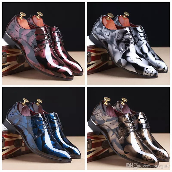 2018 luxe mode britannique hommes paillettes impression appartements hommes robe Shadow Patent PU cuir Derby Masculino Groom d'affaires mariage Oxford chaussures