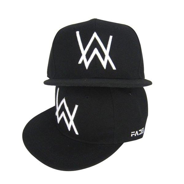 Berretto da baseball con ricamo nero nuovo SINGYOU 10PCS / LOT Il ritorno degli uomini Cappello Hip Hop Snapback per donna