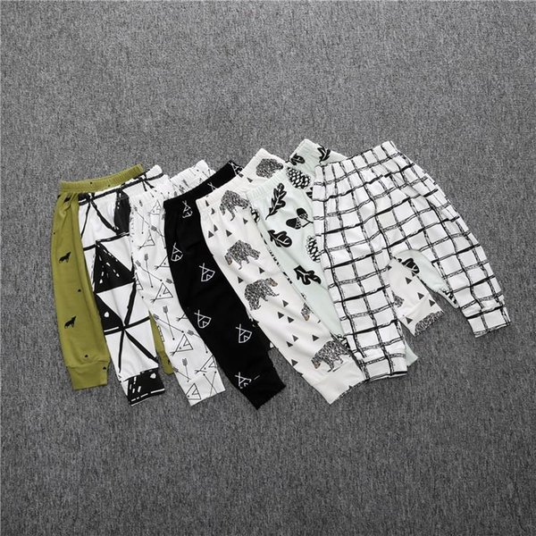INS hotsale in China spring and summer baby clothing men's women's trousers Haren pants full of print pants.