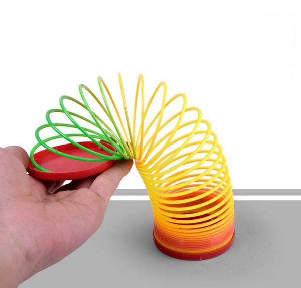 Радуга круг Оптовая красочные смешные классические игрушки для детей подарок горячая распродажа большой волшебный пластик обтягивающий Радуга Весна детские игрушки
