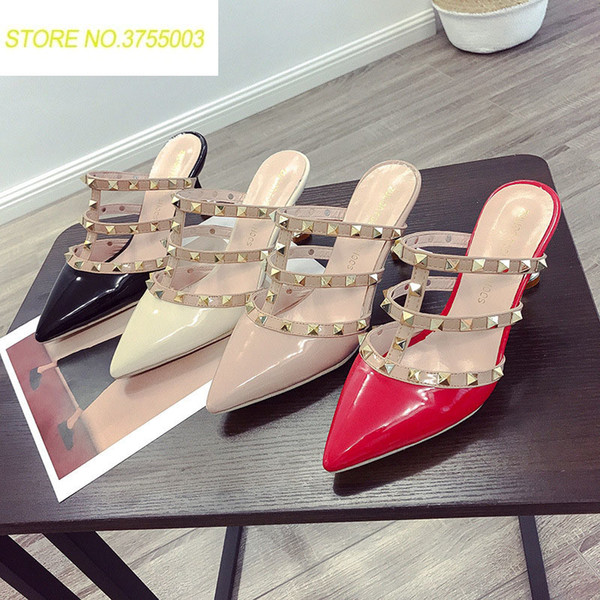 2018 Summer Designer Women Flip Flops Pointed Toe Rivet Hollow Out Party Outdoor Shoes Ladies Sexy Party Med Heels Slides Shoes