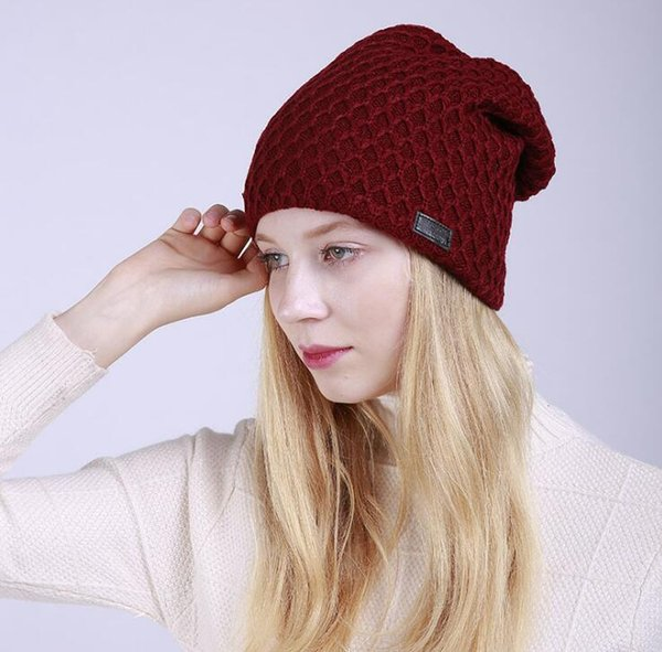 New Knitted Hat Net Mesh Diamond Knitted Men and Women Hair Cap Winter Opened Cotton Pile Hat Ear Protector.