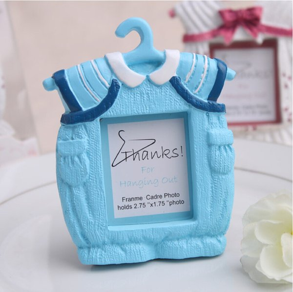 Best Selling Cute Baby Clothes Picture Frame Pink Blue Resin Photo Frames Baby Shower Favors wen7023