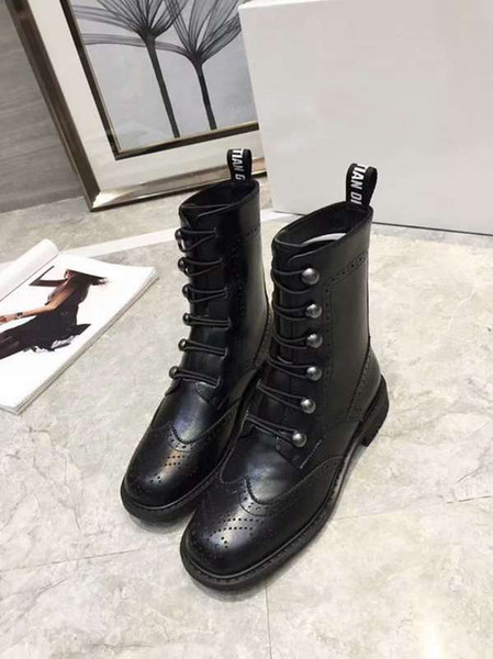 Luxury New Womens Martin Half Ankle Autumn Winter Boots Motorcycle Knight Engraving Real Leather Cool Boot Shoes Size 35-40