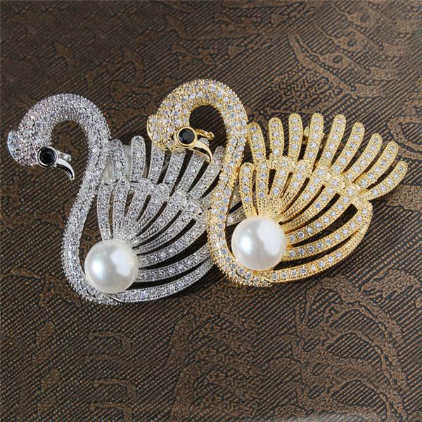 Luxus Zirkonia Perle Boutonniere Pins Für Frauen 2018 Neue Modemarke Schmuck Gold Silber Brosche Weibliche Schwan Broschen Pins Großhandel