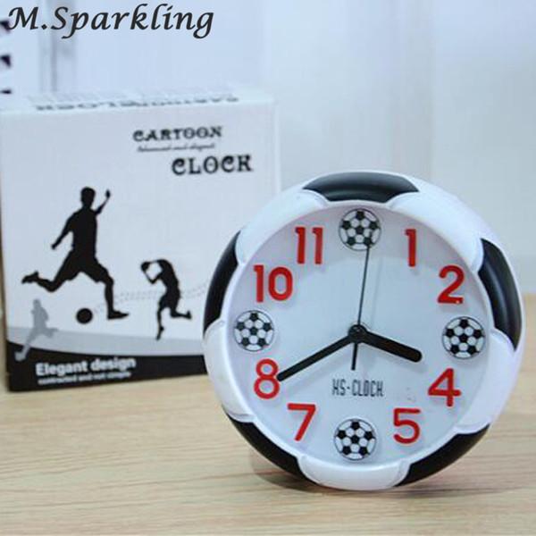 Neue Ankunft 2018 Quarzuhren Kreative Uhren 3d echte Fußball Wecker für Kinder Kinder Schlafzimmer Wohnkultur Geschenk