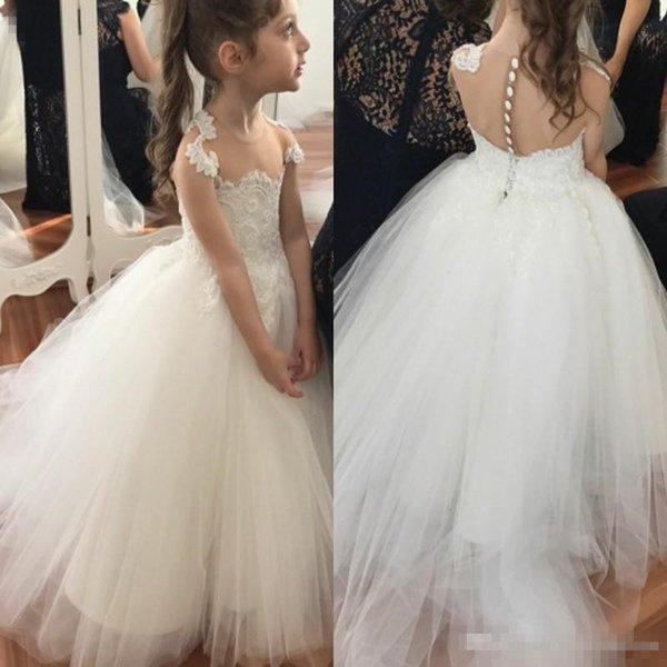 Sevimli Sheer Boyun Beyaz Tül Çiçek Kız Elbise Yaz Bahçe Batı Düğün Prenses 2018 A Hattı Aplikler Çocuklar Doğum Günü törenlerinde