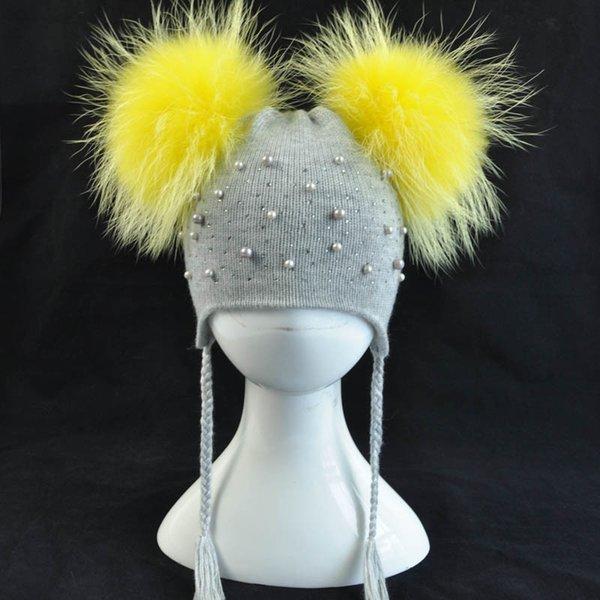 Grey yellow fur