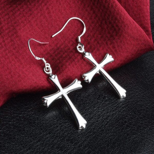 Brand New 2018 fashion trendsetter S925 silver plated Cross Earrings jewelry, creative personality Fashion Earrings wholesale