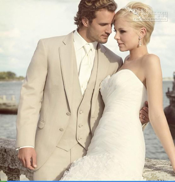 Three Pieces Cheap Beige Groomsmen Tuxedos Notch Lapel Groom Tuxedos Best man Bridegroom Wedding Suit Prom Dinner Suits (Jacket+Pants+Vest)
