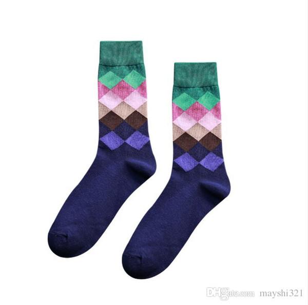 e2fb7e848 Men s Long Socks Colorful Casual Cotton Happy Socks Gradient Diamond Plaid  Winter Knee High Socks Women