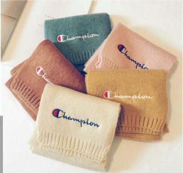 La maglieria di moda coreana per bambini sciarpa e per bambini alfabeto inglese ricamo caldo collo caldo colore invernale