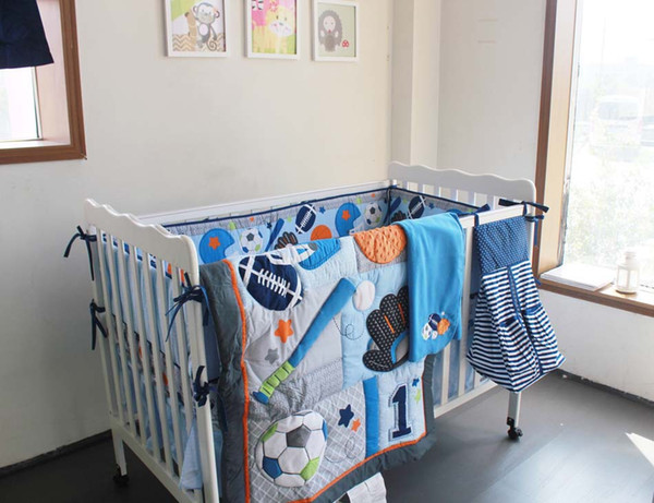 7Pcs Baby Quilt Crib bedding set Diaper Bag Blanket Window Curtain Cot bedding set Embroidery leaves football hand baseball Baby bedding set