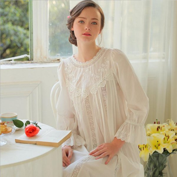 b76e322e98 2018 Summer new patchwork embroidery lace knee-length nightgown female  cotton bow princess round neck home service nightdressL32