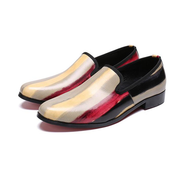 2018 New Style Brand Spring Men's Flats Oxfords For Suits Party Loafers Slip on Pionted Toe Dress Wedding Patent Leather Shoes S556