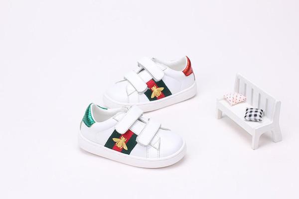2018 Printemps Coréen Nouveaux Modèles Produits Concurrentiels Bébé Garçons Filles Loisir Mode Mode Chaussures de skate Small White Shoes Marchandises En Stock Childre