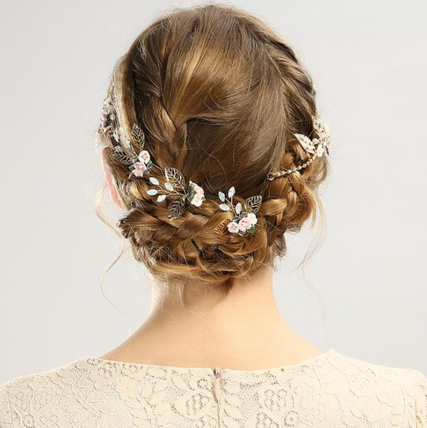 High end shell color ceramic headwear, golden leaf hairpin set, accessories, bridal ornaments.