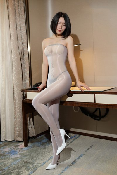 Flash fun Siamese silk tight skin stockings temptation flash oily legs stockings sexy 8D tube top oil bright he can feel your deep love 501L