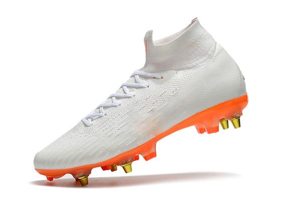 Zapatillas Blancas De Cristiano Ronaldo