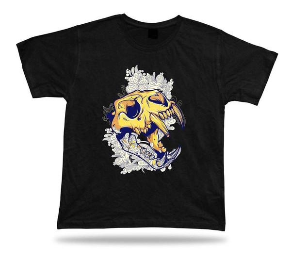 Monster Skeletal Head Teeth Fangs Floral tshirt progetta un regalo regalo di compleanno