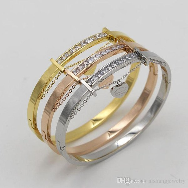 PB56 nouveau style exquise petite perceuse carrée avec coeur en plaqué or bracelet de mode pour cadeau livraison gratuite