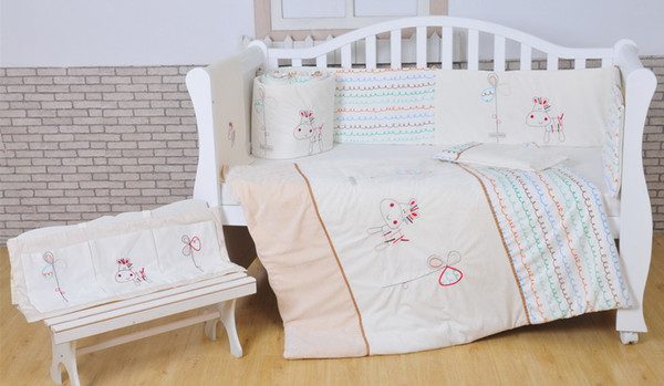 100% Cotton Baby bedding set White Crib bedding set White Embroidery lovely pony quilt pillow bumper bed sheet 5 item Cot bedding set