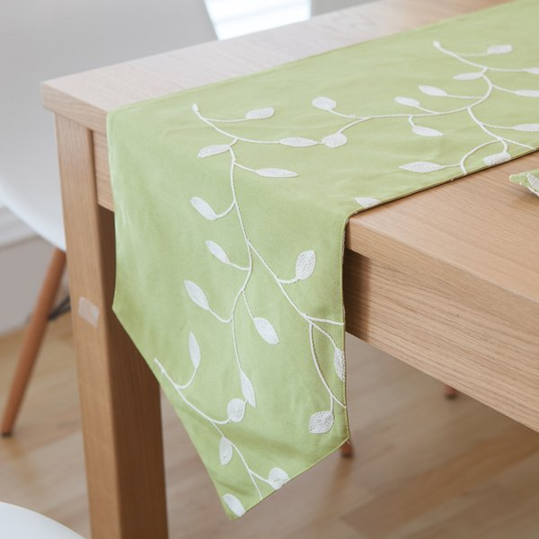 Nordic Emboridery Coon Linen Table Runner Leaves Table Decoration Accessories Home Textile 3 Size 1PC